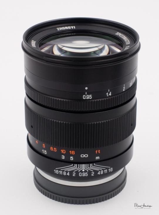 Mitakon 50mm F0.95-4
