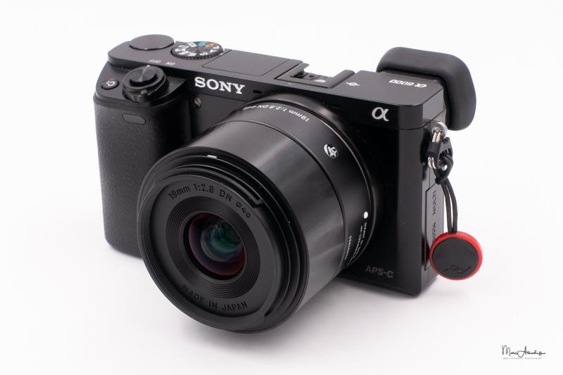 Sigma 19mm F2.8 DN-010