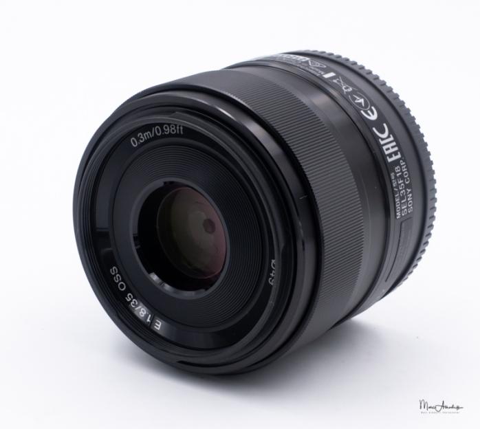 Sony SEL35F18-4